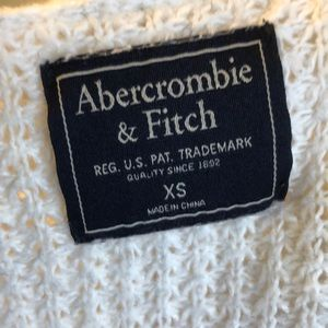 Abercrombie & Fitch Sweaters - Abercrombie and Fitch cream cardigan size xs